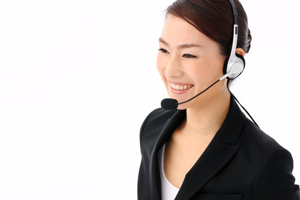 電話担当の女性